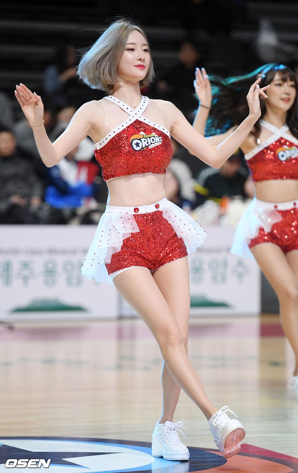 [사진]오리온 서현숙 치어리더,'인형 미모 뽐내며'