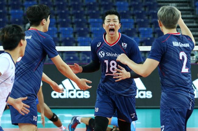 서브 압도 한국, 인도에 셧아웃 승리…1승 1패 조 2위