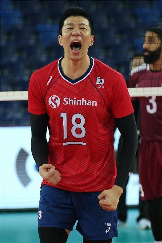 박철우 20득점 한국, 카타르 풀세트 제압…올림픽 예선 4강 진출