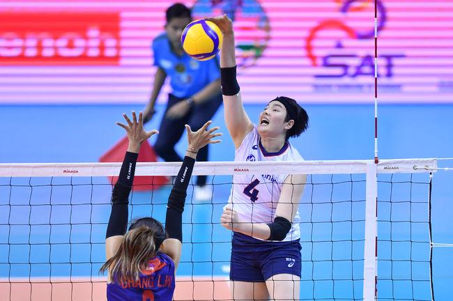 '김희진 18점 폭발' 한국, 대만에 역전승…올림픽 예선 결승 선착