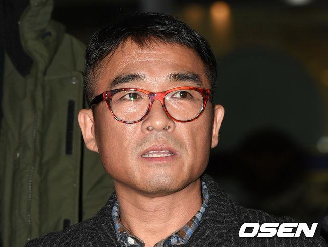 [단독] 가수A, 김건모 성희롱 폭로→지지 감사 SNS비공개로..경찰 재소환 언급(종합)