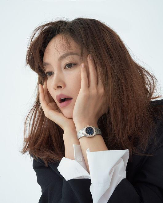 이나영, 원빈이 반한 그녀..늙지 않는 우아미 [화보]