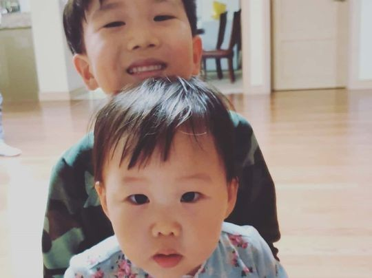 장윤정♥도경완 시댁에서 2박..오늘도 민낯 설연휴에도 사랑꾼ing[★SHOT!]