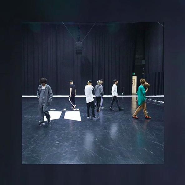 방탄소년단, 설 연휴도 그래미어워드 연습 각잡힌 스트레칭 [★SHOT!]