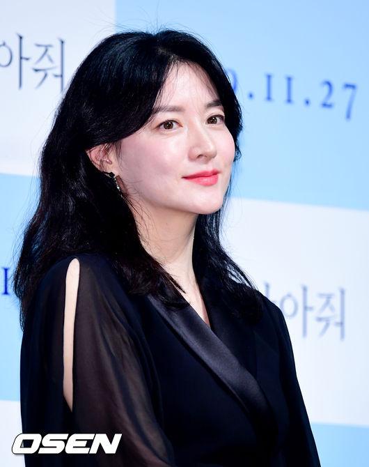 이영애, 폭설 추위 녹인 쌍둥이 자녀 눈사람