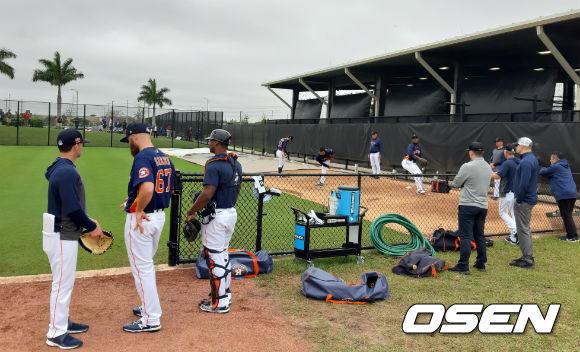 [OSEN=웨스트팜비치(미국 플로리다주), 이상학 기자] 휴스턴 선수들이 22일 핏팀 볼파크에서 훈련 중이다. /waw@osen.co.kr