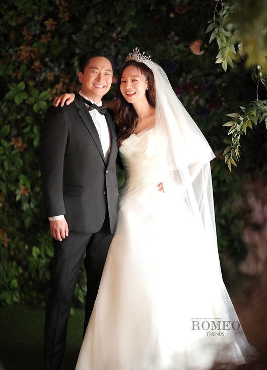 여윤정♥홍가람 결혼식 5월→9월 연기..코로나19 여파 [공식]