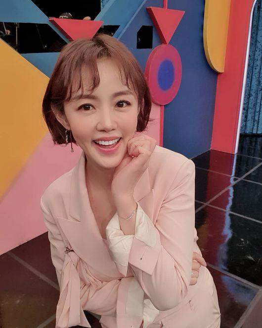 정준호♥이하정 딸 유담, 공주 같은 드레스 자태..생후 9개월 미모 완성 [Oh!마이 baby]