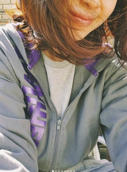 송윤아 반쪽 셀카에 김혜수·송혜교·이태란 댓글 폭탄..女우들 찐 우정[종합]