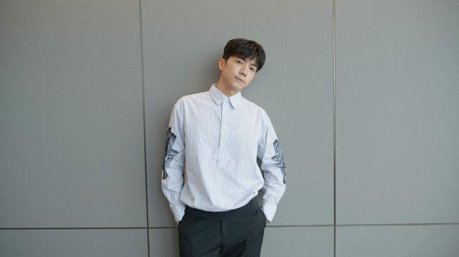 2PM 우영, 애장품 판매 수익금 전액 기부..선한 영향력 전파