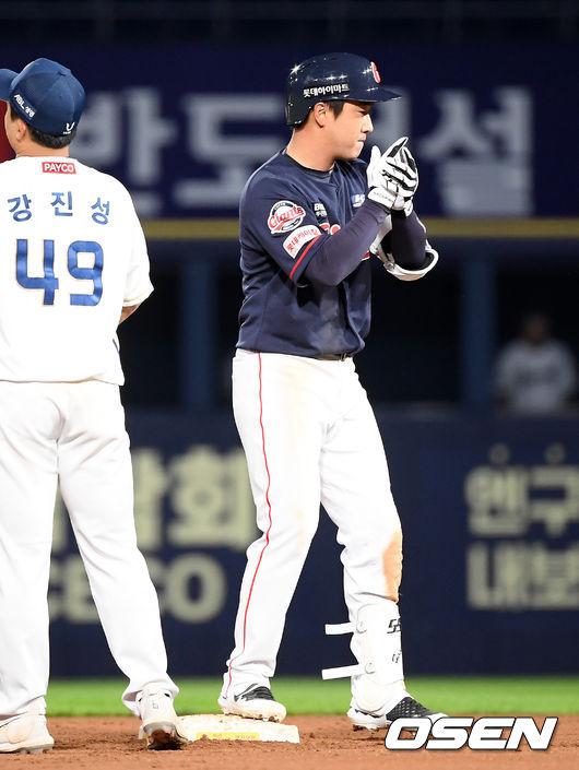 [사진]정훈,따라잡았다!