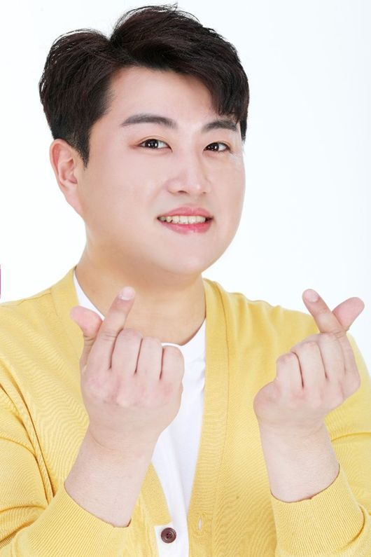 스폰서군 비리 의혹 vs 허위사실…김호중, 전 매니저와 끝없는 전쟁 [종합]