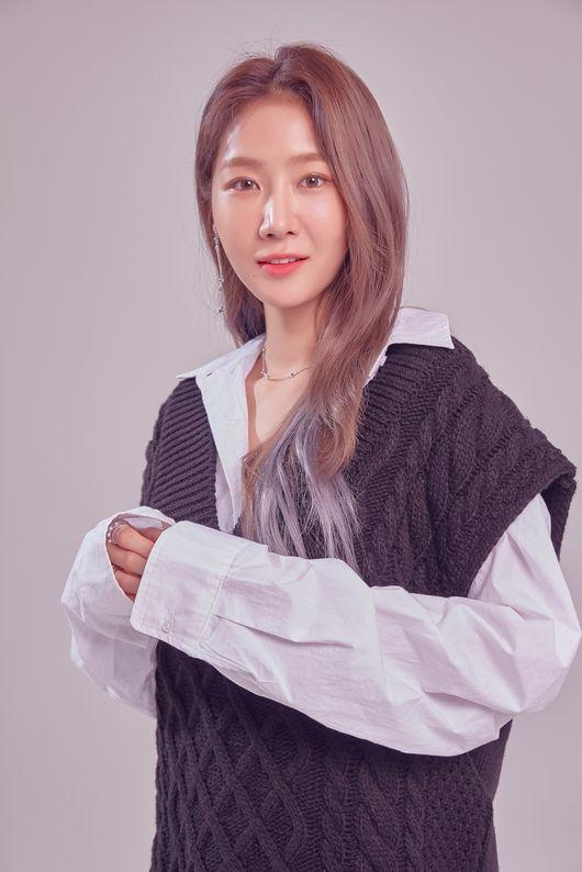 소유, 7월 컴백 대전 전격 합류..신곡 활동 준비 몰두 中 [공식]