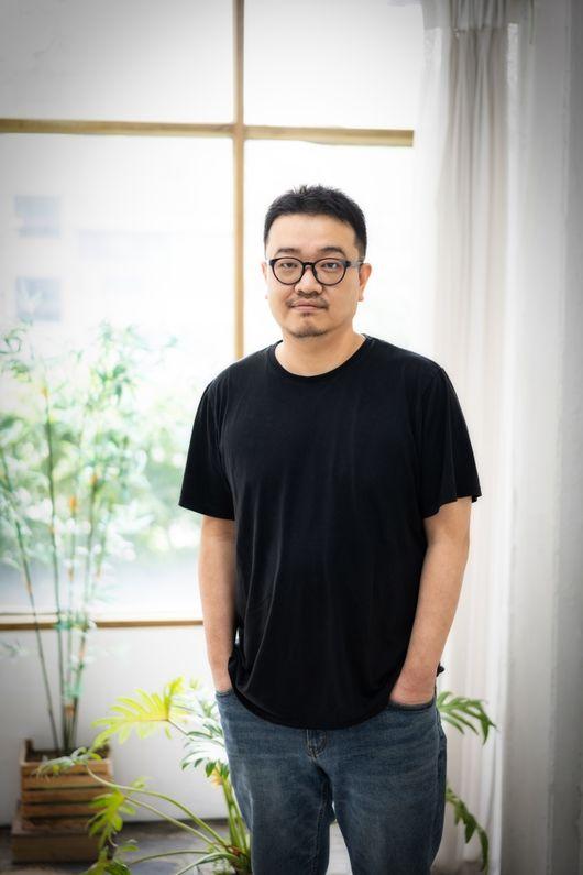 반도연상호 감독 강동원, 너무 잘생겨서 캐스팅 때 약점되는 듯[인터뷰②]