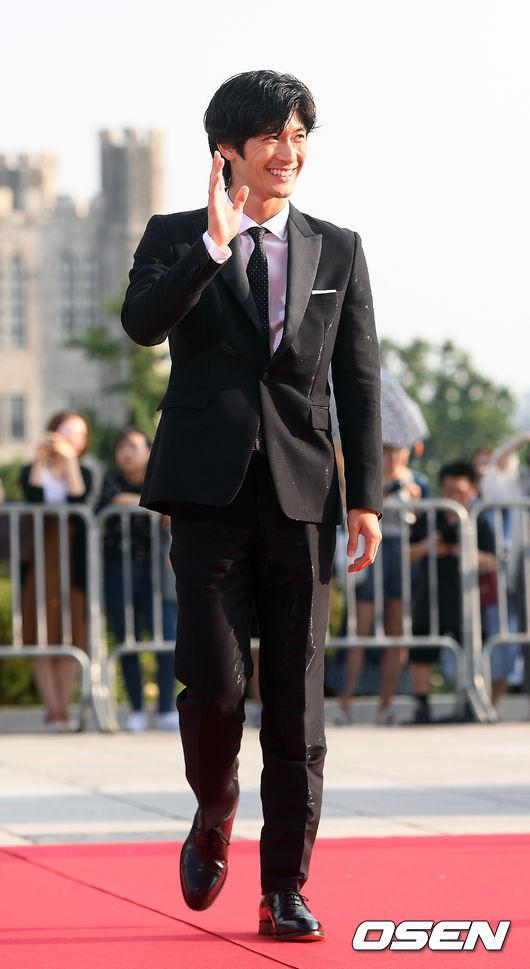 [OSEN=민경훈 기자]배우 미우라 하루마가 레드카펫을 밟고 있다. / rumi@osen.co.kr