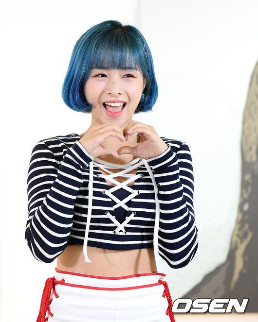 [사진]에이프릴 김채원, 귀여운 미소