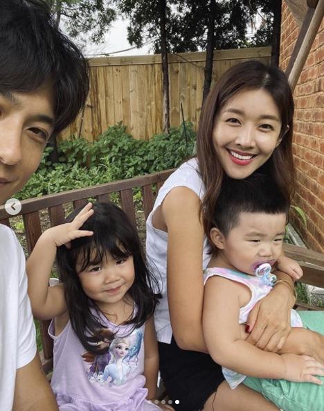 김빈우, 훈남 남편♥붕어빵 딸♥쪽쪽이 아들과 행복한 전원생활 [★SHOT!]