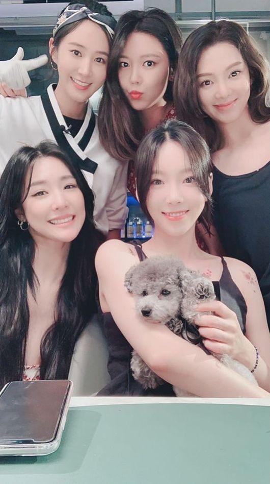 즐겁고 행복 유리, 소녀시대 멤버들과 저녁식사..변함없는 우정 [★SHOT!]