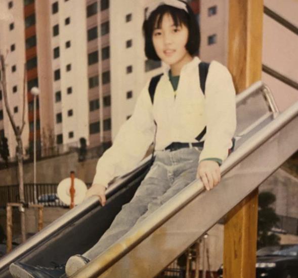 오윤아, 초6 때부터 성숙한 패션..돌고도는 레트로 유행 [★SHOT!]