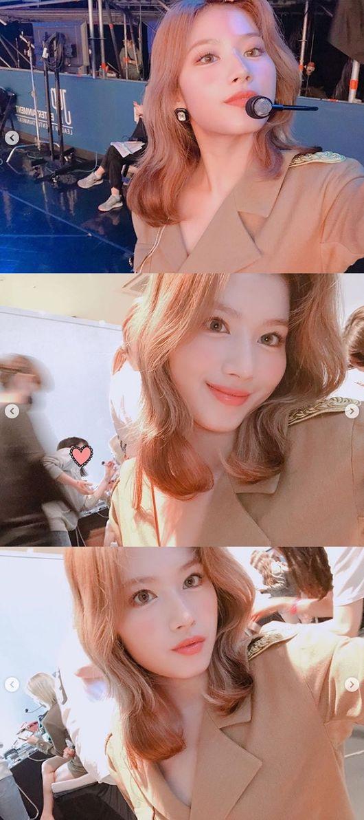 트와이스 사나, 온라인 콘서트 빛낸 미모..눈부신 셀카 [★SHOT!]