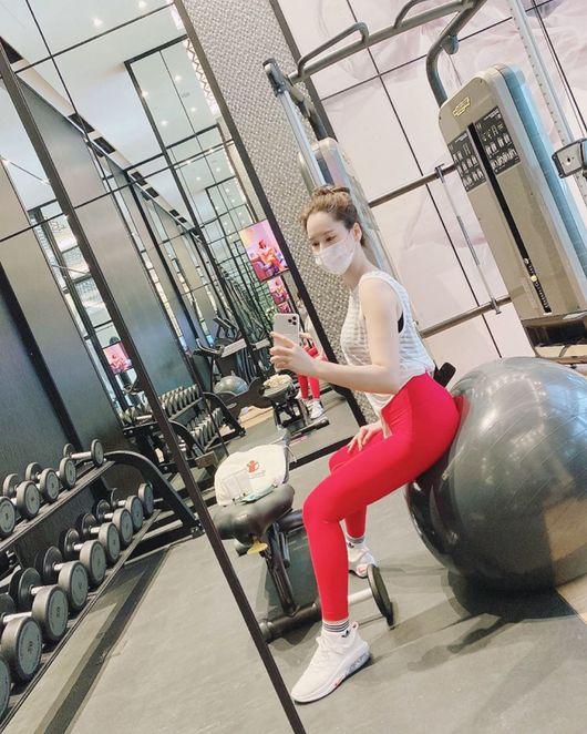 이혜원, ♥안정환 따라 다이어트? 땀 범벅+산발에도 미코 미모 그대로 [★SHOT!]