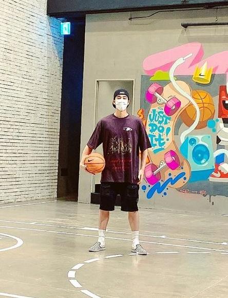 오창석, 여친 이채은♥이 찍어줬나…농구하는 멋진 남친♥ [★SHOT!]