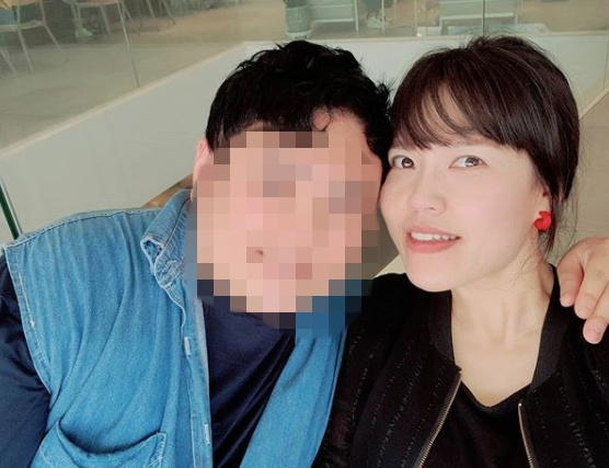 [단독] 43세, 소개팅 지쳤을 때 만난♥..김선정, 4살연하와 11월 결혼(종합)
