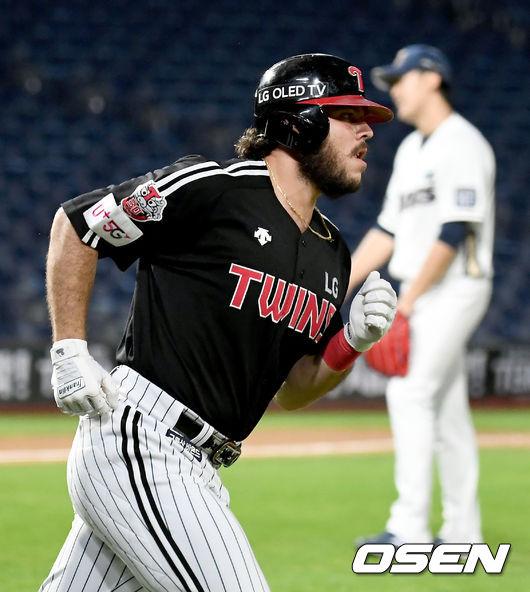 [사진]솔로포 라모스,홈런 선두를 향해