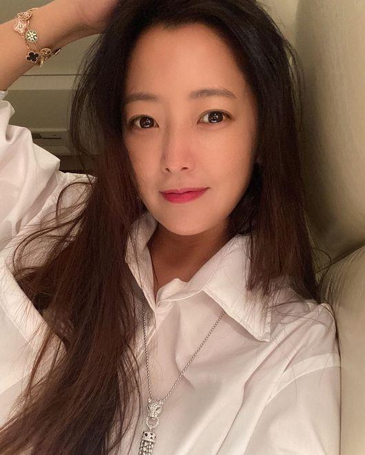 김희선, 연예인들의 연예인…44살이라고 누가 믿겠어 [★SHOT!]