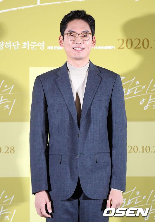 [사진]최준영,은은한 미소