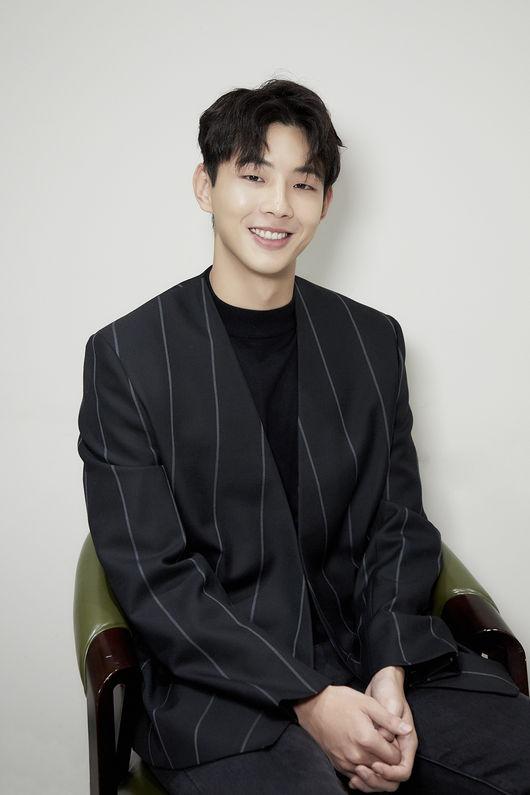 [사진=키이스트 제공] 배우 지수.