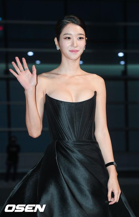 [OSEN=부산,박준형 기자]배우 서예지가 레드카펫을 밟고 있다. /  soul1014@osen.co.kr