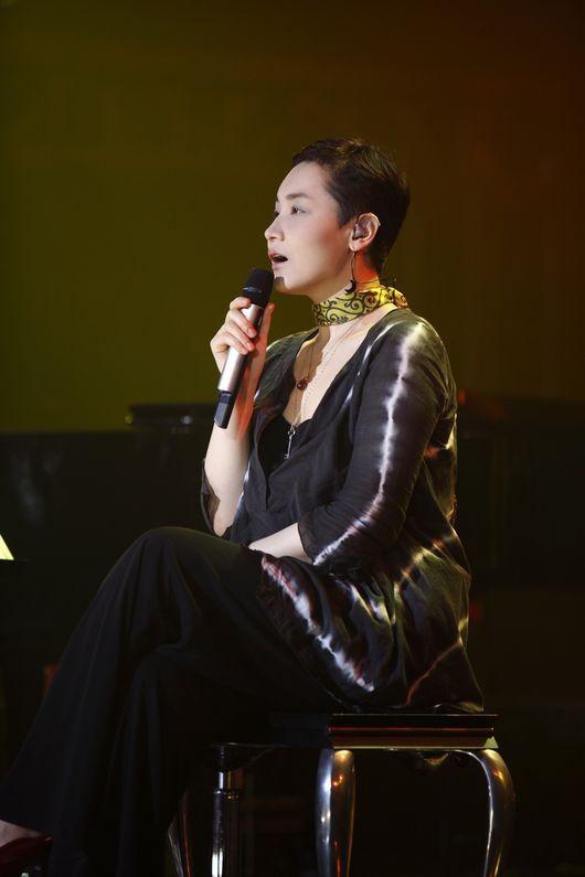 이소라, 히든싱어6 받고 12월 콘서트까지..1년 만에 무대 선다 [공식]