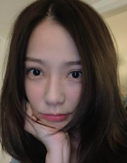볼빨간사십대 손태영, ♥권상우가 예뻐 안질려 극찬한 외모 얼빡[★SHOT!]