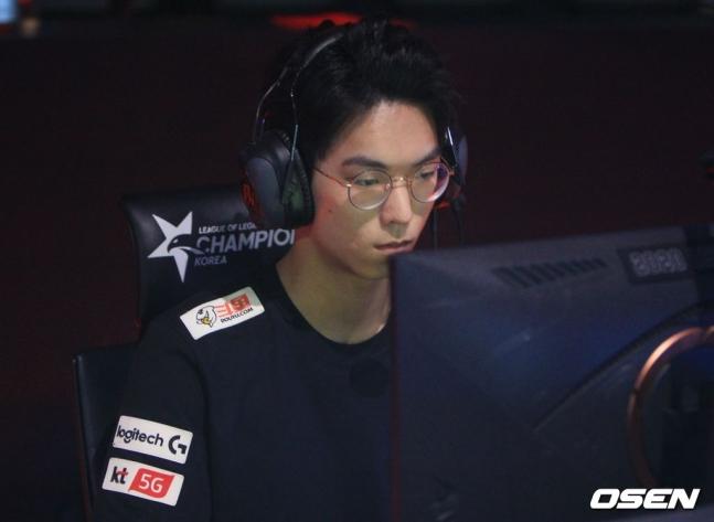 [LCK] KT, 유칼 활약에 힘입어 LSB 꺾고 시즌 첫 승(종합)
