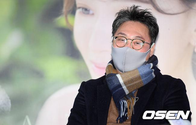 [사진]간이역 연출한 김정민 감독
