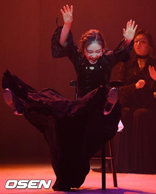 [사진]김히어라,역동적인 무대