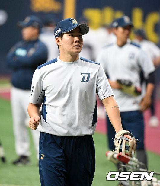 [OSEN=고척돔, 지형준 기자]NC 박민우가 훈련을 준비하고 있다./jpnews@osen.co.kr