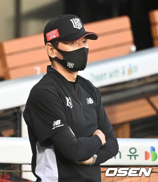 KT 위즈 이강철 감독./OSEN DB