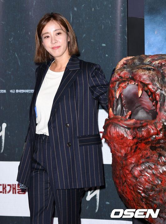 [OSEN=이대선 기자]배우 박은혜가 포토타임을 갖고 있다./sunday@osen.co.kr