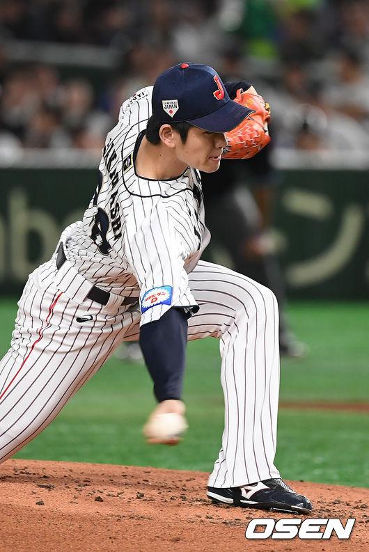[OSEN=도쿄(일본), 곽영래 기자]2회초 일본 다카하시가 역투하고 있다. /youngrae@osen.co.kr