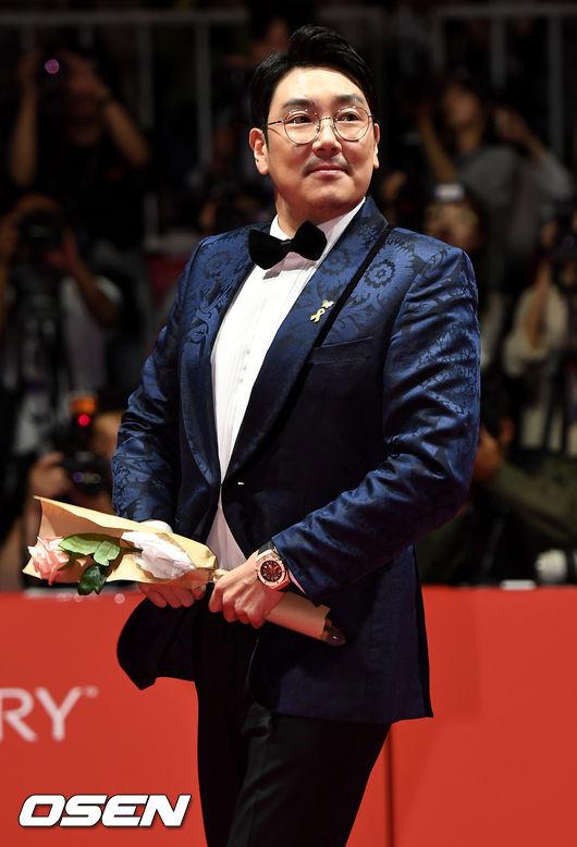 [OSEN=부산, 최규한 기자]배우 조진웅이 참석해 레드카펫을 밟고 있다. /dreamer@osen.co.kr