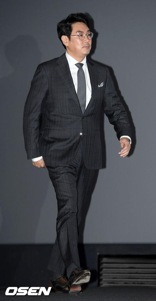[OSEN=민경훈 기자]조진웅이 무대 위로 입장하고 있다./ rumi@osen.co.kr