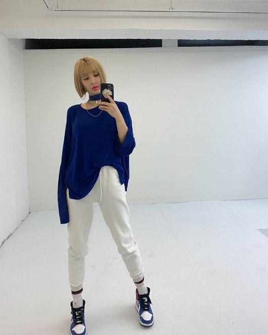스타일디렉터 로시, 2020 봄패션 트렌드 영상 공개...''감각적 스타일''