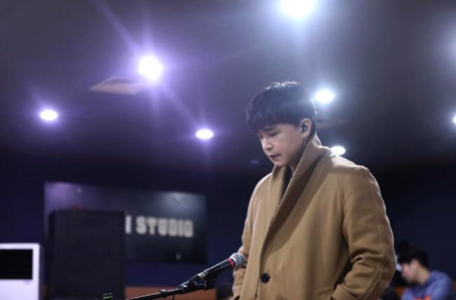 '성매매' 이수, 11년 지나도 주홍글씨 낙인..악플 vs 음악평 극과 극(종합)[Oh!쎈 이슈]
