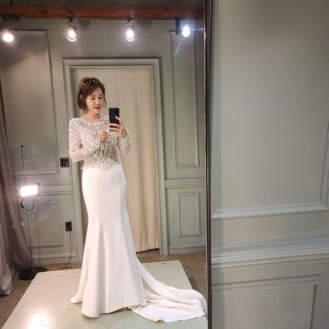 이하정, ♥정준호 또 반할 드레스 자태