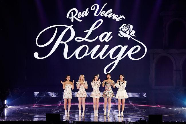 레드벨벳, 7월 3일 단독 콘서트 'La Rouge' 공연 화보집 출시