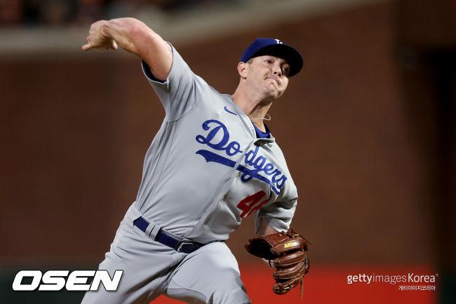 [사진] LA 다저스의 코리 크네이블이 샌프란시스코 자이언츠와 디비전시리즈 최종 5차전에 깜짝 선발 투수로 나선다. ⓒGettyimages(무단전재 및 재배포 금지)
