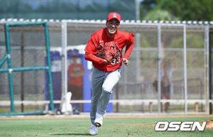 [OSEN=주피터(미국 플로리다주),박준형 기자]김광현이 수비 훈련을 하고 있다. / soul1014@osen.co.kr