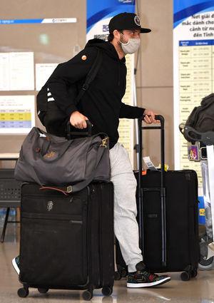 [OSEN=인천공항, 최규한 기자]수아레즈가 입국장에 들어서고 있다. / dreamer@osen.co.kr